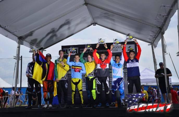 Tatyan lui hin tsan champion du monde boy 15